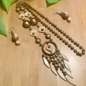 VINTAGE Wooden Earring and Necklace Set